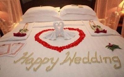 Chọn người thân trải ga đệm giường cưới  4